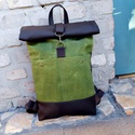 OLIVAZÖLD waxolt vászon roll up hátizsák,unisex, biciklis hátizsák,táska, Táska, Válltáska, oldaltáska, Hátizsák, Saját készítésű  waxolt ,rusztikus, vintage megjelenésű roll up hátizsák.Pántjai állíthatóak, 4 zseb..., Meska