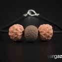 Rózsa-barna gyöngy nyaklánc, Ékszer, Medál, Nyaklánc, Ékszerkészítés, Gyurma, Kézzel készült, különféle színű és díszítésű gyöngyök süthető gyurmából. Aprólékos munkával, kiváló..., Meska