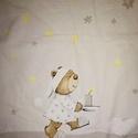 Baba ágynemű - takaró és párna - maci - csillag - hold - szürke - sárga, Gyerek & játék, Baba-mama kellék, Gyerekszoba, Falvédő, takaró, Varrás, Macis babatakaró és párna  Anyaga bababarát pamut, 2 cm-es vatelinnel van kitömve.  Méretek: Párna:..., Meska