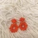 Narancssárga fülbevaló, Ékszer, Esküvő, Fülbevaló, Esküvői ékszer, A fülbevaló méretei: átmérő: 2cm, hosszúság: 3cm. ((XS) méret). Swarovski és japán kásagyöngyökből k..., Meska