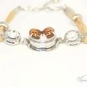 Párducmintás lepke karkötő / Panther-patterned butterfly bracelet, Ékszer, Karkötő, A legújabb trendi kiegészítő, amely bármilyen színű és stílusú ruhához viselhető a cserélhető gombok..., Meska