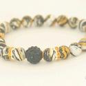 Sárga és fekete karkötő / Yellow and black bracelet, Ékszer, Karkötő,   Sárga és fekete kombináció csíkos kerámia gyöngyökből. Díszítése fekete swarovski gömb és sárga sw..., Meska