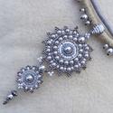 Barokk etnográf- nyaklánc natúr-ezüst színekben , Ékszer, Nyaklánc, Stílusában meghatározhatatlan, színeiben natúr, ezüst, harmóniára törekvő. Nyitott,  egyszerre moder..., Meska