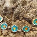 Kézzel festett karkötő, Ékszer, Karkötő, Egyedi, nikkelmentes fém alapra üvegfestékkel festett karkötő, mely kapoccsal és lánchosszabb..., Meska