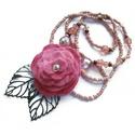 Rózsás nyaklánc, Ékszer, óra, Nyaklánc, Ékszerkészítés, Gyöngyfűzés, Romantikus nyaklánc rózsaszín filcvirággal, bronz levelekkel, szépséges, csillogó gyöngyökkel. hoss..., Meska