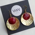 Sárgaréz és tűzzománc fülbevaló - piros / bordó / arany színek, Egyedi, kézzel fűrészelt, kör alakú tűzzomá...