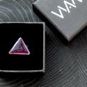 Tűzzománc nemesacél gyűrű - nemesacél gyűrű - tűzzománc gyűrű- lila szín - lila gyűrű - háromszög gyűrű - modern gyűrű, MODERN HÁROMSZÖG GYŰRŰ  Gyönyörű sötétlil...