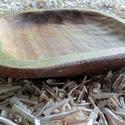 rusztikus hárs tál 3, Dekoráció, Konyhafelszerelés, Tálca, Rusztikus hatású, hársfából faragott tál. Lenolajjal felületkezelt. 26x25 cm, Meska