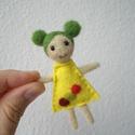 Zazi baba, Dekoráció, Játék, Dísz, Játékfigura, A baba feje, haja és végtagjai tűnemezelés technikával készültek. A ruhácskája gyapjúfilc, amit szin..., Meska