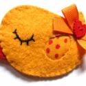 Vivonka madár-Orsi, Narancssárga gyapjúfilcből készült pillás ki...