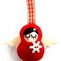 Kisangyal-karácsonyfa dísz, Piros színű gyapjúfilcből öltögettem,ezt a k...