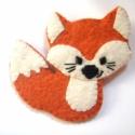 ApRóka kitűző, Vörös gyapjúfilcből varrtam ezt a kis róka ki...