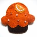Narancsos muffin kitűző, Narancsos muffin,gyapjúfilcből, egy gerezd a hab...