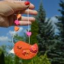 Narancsmadár lánc, Ékszer, óra, Baba-mama-gyerek, Nyaklánc, Húsvéti apróságok, 100% gyapjúfilcből készült madaras nyaklánc. A madár mérete 8 cm, minden öltése kézzel készült. Puha..., Meska