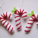 Filc karácsonyi cukorpálca, Dekoráció, Ünnepi dekoráció, Karácsonyi, adventi apróságok, Karácsonyfadísz, A karácsony meghitt hangulatát idézik fel a kis filcből készült cukorpálcák.     Kézimunka...., Meska