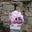 Rózsabox   fa dobozban vintage rózsaszín selyem virágokkal, PEDAGÓGUSNAPRA TANÁR-TANÍTÓ ÉS ÓVÓ NÉNIKNE...
