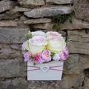 Rózsabox fa dobozban vintage bézs-púder-rózsaszín virágokkal, PEDAGÓGUSNAPRA TANÁR-TANÍTÓ ÉS ÓVÓ NÉNIKNE...