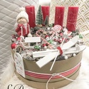 """""""Óriás""""Adventi koszorú - Adventbox, Dekoráció, Ünnepi dekoráció, Karácsonyi, adventi apróságok, Karácsonyi dekoráció, Mindenmás, Bézs dobozba épített """"Óriás"""" adventi koszorú. Átmérő: 30 cm  Magassàg gyertyàval: 25 cm   Csomagaut..., Meska"""