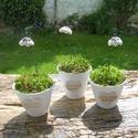 Anyáknak,nagymamáknak.. szeretettel., Dekoráció, Otthon, lakberendezés, Dísz, Asztaldísz, Kerámia, Virágkötés, .Fehérre égő agyagból készítettem ezeket a  virágokat.   .A teljes virágfej mérete 2,8x2 cm.Zöld sz..., Meska
