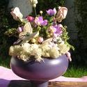 """Virágos asztaldísz, Dekoráció, Otthon, lakberendezés, Dísz, Egy kedves ismerőstől kaptam egy nagyon szép """"szúrágta"""" fát.:) Letisztítottam,vízbázisú lakkal lakko..., Meska"""