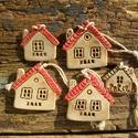 Házikók, Dekoráció, Karácsonyi, adventi apróságok, Ünnepi dekoráció, Karácsonyfadísz, A vintage stílus kedvelőinek készítettem ezeket a karácsonyfadíszeket. Az apró házikók lehetnek az a..., Meska