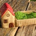 Házikó kerttel., Otthon, lakberendezés, Kaspó, virágtartó, váza, korsó, cserép, Kerti dísz, Az apró házikók mindig elvarázsolnak,akár fából,akár kerámiából készülnek.Otthonosak,bájosak,szeretn..., Meska