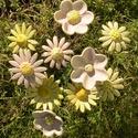Nőnapra ajánlom,10 szál virág, Dekoráció, Otthon, lakberendezés, Dísz, Fehérre égő agyagból készítettem ezeket a virágokat..   Mázazott,kétszer égetett kerámiák. A  virágo..., Meska