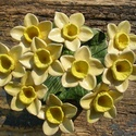 10 szál virág nőnapra, Dekoráció, Otthon, lakberendezés, Dísz, Fehérre égő agyagból készítettem ezeket a tavaszi napfényt idéző virágokat.:)   Mázazott,kétszer ége..., Meska