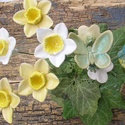 Tavaszra várva, Dekoráció, Otthon, lakberendezés, Dísz, Fehérre égő agyagból készítettem ezeket a virágokat,tündérkét,pillangót..   Mázazott,kétszer égetett..., Meska