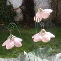 """Csengő-bongó    virágok, Dekoráció, Otthon, lakberendezés, Dísz, .Fehérre égő agyagból készítettem ezeket a  virágokat.   .A teljes virágfej átmérője 4,2-4,6-5 cm,"""" ..., Meska"""