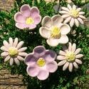 6 szál virág , Dekoráció, Otthon, lakberendezés, Dísz, Fehérre égő agyagból készítettem ezeket a virágokat..   Mázazott,kétszer égetett kerámiák.A   virágo..., Meska