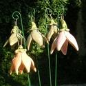 Csengő-bongó virágok, Dekoráció, Otthon, lakberendezés, Dísz, Fehérre égő agyagból készítettem ezeket a virágokat..   Mázazott,kétszer égetett kerámiák.A  virágok..., Meska