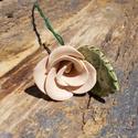 Rózsa levéllel, Dekoráció, Otthon, lakberendezés, Dísz, Fehérre égő agyagból készítettem ezt a rózsát és a levelet.   Mázazott,kétszer égetett kerámiák.A te..., Meska