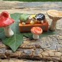 Iciri-piciri......, Dekoráció, Otthon, lakberendezés, Dísz, Fehérre égő agyagból készítettem ezeket az apró gombákat ,teknősöket.   A gombáknak csak a kalapjuk ..., Meska
