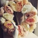 Óriás virágos tavaszi ajtódísz, Otthon, lakberendezés, Anyák napja, Ajtódísz, kopogtató, Koszorú, Nagy méretű, kb. 39-40 cm átmérőjű tavaszi, romantikus hangulatú ajtódíszek. Minden boglár..., Meska