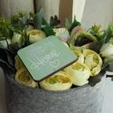 Halványzöld virágdoboz ..., Dekoráció, Otthon, lakberendezés, Asztaldísz, Dísz, Filcdobozban készített selyemvirág doboz. Kb. 22cmX 13 cm méretekkel.  , Meska