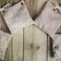 Levendula illatzsákocskák, Dekoráció, Otthon, lakberendezés, Mindenmás, Varrás, 9x8 cm nagyságú morzsolt levendulával töltött illatozsákocskák., Meska