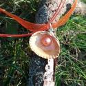 Műgyantával kiöntött Sellő nyaklánc, Ékszer, Medál, Nyaklánc, Gondosan kiválogatott alapanyagokból készült. Kagylóban lévő gyöngy tekla. Kagyló és gyöngyök felhas..., Meska