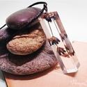 Apró Levendulavirág műgyanta medál szögletes, Ékszer, óra, Medál, Nyaklánc, Szárított levendulavirág felhasználásával készült ez a műgyanta medál.  Medál mérete: 0,5x3 cm Lánc ..., Meska