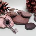 Tükörország kulcsa medál, Ékszer, óra, Medál, Nyaklánc,  A lánc nem állítható. Medál mérete: 1,5x4,5 cm Lánc hossza: 40 cm  Zsinórral vagy ezüst lánccal is ..., Meska