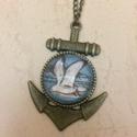 Anchor (vasmacska) nyaklánc sirállyal, Ékszer, Nyaklánc, Kiváló ajándék a tenger szerelmeseinek! Antikolt bronz medál lánccal és sirállyal. Lánc mé..., Meska