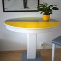 Ovális fenyő asztal, Bútor, Asztal, Festett tárgyak, Újrahasznosított alapanyagból készült termékek, Régi fenyő fa asztal, amit lecsiszoltam és olaj festékkel újra festettem fehér, szürke, citromsárga..., Meska