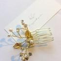 Swarovski kristályos fésű, Esküvő, Hajdísz, ruhadísz, Egyedi, kézzel készített Virágzó Magnólia hajdísz.  Swarovski kristályokkal és gyöngyökke..., Meska