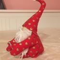 Manó szíves télmanó, Dekoráció, Karácsonyi, adventi apróságok, Ünnepi dekoráció, Varrás, pamutkartonból készült ,fadekorációval díszített. magassága :15cm, Meska