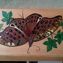 Fa doboz , Dekoráció, Dísz, Festett tárgyak, 21x10x4 cm-s fadobozka melyre ismételten csak pillangót festettem Olyan mint az atlasz lepke- de mé..., Meska
