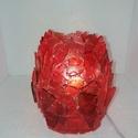 Piros üvegcserepes Dísz-hangulat lámpa, Otthon, lakberendezés, Lámpa, Hangulatlámpa, Asztali lámpa, Mozaik, Üvegművészet, Piros üvegcserepek ötletszerű összeragasztása álta( ragasztópisztoly) l keletkezett lámpa. Kb 2m es..., Meska