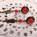 Piros lándzsa fülbevaló, Ékszer, óra, Fülbevaló, Piros fülbevaló a végén lándzsával. Bedugós fülbevaló, a tetején piros üveglencse átmér..., Meska