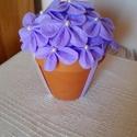 Virágos asztaldísz, Dekoráció, Esküvő, Esküvői dekoráció, Varrás, Virágos asztaldísz, Virágos asztaldísz, hangulatos egyedi elképzelés alapján. A virágok filc anyagb..., Meska