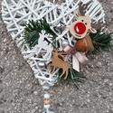 Karácsonyi ajtó dísz, Dekoráció, Karácsonyi, adventi apróságok, Ünnepi dekoráció, Karácsonyi dekoráció, Fonás (csuhé, gyékény, stb.), Újrahasznosított alapanyagból készült termékek, Papírból készült sziv alapra készült karácsonyi ajtó dísz Méret: kb: 18* 17 cm, Meska