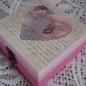 Rózsaszín szíves doboz, Dekoráció, Otthon, lakberendezés, Tárolóeszköz, Doboz, Rózsaszín doboz szalvétatechnikával díszítve. Mérete 13*13*6cm., Meska